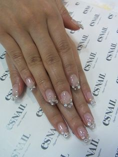 Clear nails a glam
