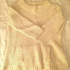 Talbots sweater Chic front pocket sweater Talbots Sweaters Crew & Scoop Necks