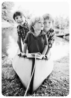 Kids / Black and White Photography White Photography, Photography Tips, Portrait Photography, Children Photography, Family Photography, Family Portraits, Family Photos, Beautiful Children, Cute Kids