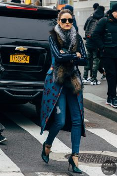 New York FW 2019 Street Style: Olivia Palermo, Style and Fashion 2019 Fashion trends 2019 , Look Fashion, Fashion Photo, Paris Fashion, Street Fashion, Style Olivia Palermo, Olivia Palermo Lookbook, Mantel Styling, Style Casual, My Style