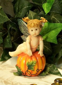 My LiTTLe KiTcHeN FAiRiES Collection from Enesco