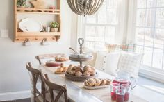 Cozy Breakfast Nook Christmas Brunch - Nina Hendrick Blog