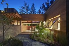 Casa baja/subida / Spiegel Aihara Workshop Low/Rise House / Spiegel Aihara Workshop – Plataforma Arquitectura