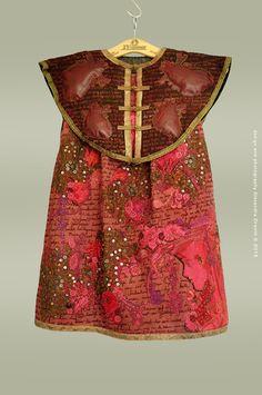 orewoet - hadewijch 2015. Alexandra Drenth. Textile artist in Amsterdam -Netherlands.  hand embroidery.