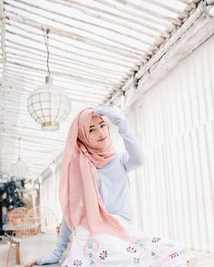 Shirin Al Athrus Hijab Fashion Style