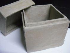 Most current Pics stiff Slab Ceramics Tips Clay Slab Construction Pottery Tools, Slab Pottery, Ceramic Pottery, Pottery Ideas, Ceramic Boxes, Ceramic Clay, Ceramics Projects, Clay Projects, Slab Boxes