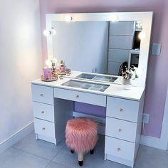 Bedroom Decor For Teen Girls, Girl Bedroom Designs, Room Ideas Bedroom, Makeup Room Decor, Bedroom Decorating Tips, Dressing Table Design, Closet Remodel, Aesthetic Room Decor, Closet Designs