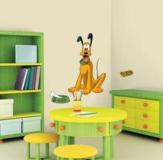 Disney Pluto  muursticker te koop bij www.versierendoejezo.nl
