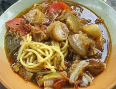 Soto Bogor, West Java , Kuliner Indonesia Try Bogor, Malay Food, Rice Vermicelli, Indonesian Cuisine, Indonesian Recipes, Asian Recipes, Ethnic Recipes, Asian Foods, Yummy Recipes