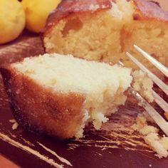 Lemon drizzle cake - English Mum