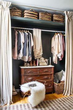 Ideas For Small Closet Door Curtains Small Apartment Closet, Small Closet Space, Small Closets, Small Spaces, Open Closets, Small Apartments, Dream Closets, Studio Apartments, Curtains For Closet Doors