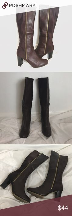 """Italian Shoemakers Boots Great pre-loved condition. Elegant and beautiful no damage. Heel ht. 3"""". Zipper closure. Total height 18"""". Italian Shoemakers Shoes Heeled Boots"""