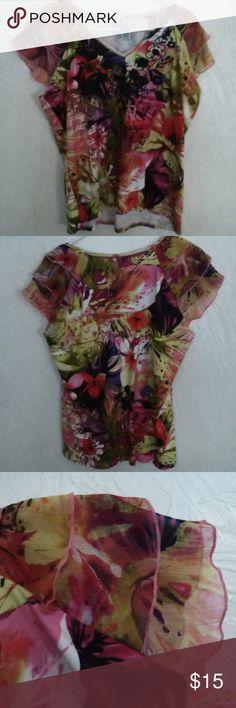 8b6f8513438 Caribbean Joe 🌺 woman's shirt Beautiful Caribbean Joe women's v-neck top  featuring abstract flowers