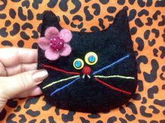 Black Cat Bag by showmealittlesign on Etsy