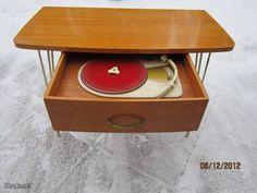 50-60-luku levysoitin pöytä