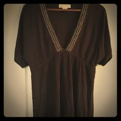 Michael Kors brown top sz medium Brown textured knit Michael Kors empire waist top. Jeweled detail around v neck. Very cute and flattering on! Good worn condition, smoke free home. Medium Michael Kors Tops Blouses