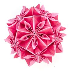 Moscow-based paper artist Ekaterina Lukasheva first tried folding paper at the age of 14 when a mathematics professor brought in a book on kusudamas. The traditional paper sphere technique requires an understanding of geometry to ensure the individual units fit together perfectly with the help of gl