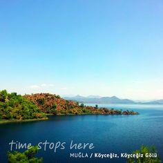 Dünya su sporu tutkunları, gözünü Köyceğiz Gölü'ne dikti. 52 kilometrekarelik bu özgür alan seni de bekliyor!   http://timestopsmugla.com/tr/koycegiz/nereleri-gezmeliyim/koycegiz-golu