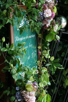 シェ松尾松濤レストラン様の装花  6月 紫と緑