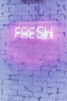 Neon sign saying FRESH