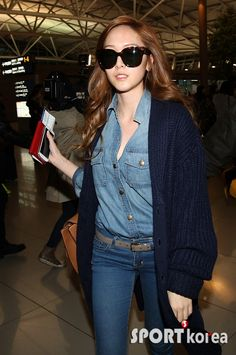 121109 Jessica @ Incheon going to Los Angeles to perform at the SBS Kpop Super Concert