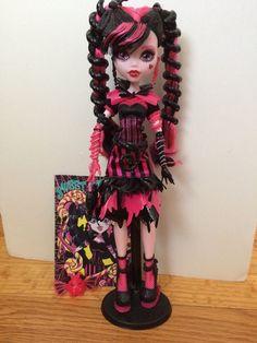 Monster High Draculaura  Sweet Screams Doll