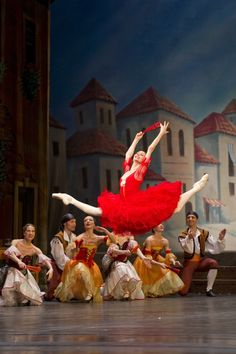 Svetlana Zakharova in Don Quixote at Teatro San Carlo - Photo by Francesco Squeglia / Светлана Захарова