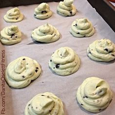 Mint Chocolate Chip Cream Cheese Clouds Mix 8 oz room temp cream cheese, 1 stick room temp unsalted butter, 1 cup sweetener (I like mine sweet), 1 tsp peppermint extract, and 2 Tbsp sugar free choc chips. Plop on a hard surface that will fit in your freezer and freeze for at least an hour.