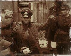 prisonnier allemands budapest 1945 Sur 16 000 hommes qui tentèrent la percée. 785 seulement réussirent à passer
