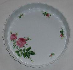 Christineholm Porcelain Pink Rose Bud Quiche Tart Pan with Box