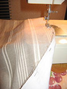 """Comment faire ... Une housse de couette """"à ma façon""""... - Le blog de Hélène Coin Couture, Techniques Couture, Diy And Crafts, Sewing Projects, Shabby Chic, Blog, Plaid, Crochet, Macrame"""
