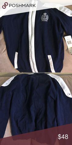 Ralph Lauren Ralph Lauren sweater never used. No low ball offers and no trades 🚫🚫 Lauren Ralph Lauren Sweaters