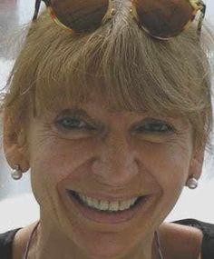 Nadia Bertolani Oggi è protagonista della nostra intervista Nadia Bertolani, insieme parliamo di self publishing e di libri: un'occasione unica per scoprire come è nato il suo stupendo romanz…