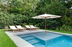 Small pool with tanning ledge. Small pool with shallow entry and tanning edge. Here Are the Latest Trends in Hamptons Pool Design - Aquahampton - Curbed Hamptons Pools For Small Yards, Small Swimming Pools, Swimming Pools Backyard, Swimming Pool Designs, Pool Steps Inground, Garden Swimming Pool, Lap Pools, Backyard Pool Designs, Small Backyard Pools
