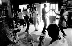 Teenagers dancing to the jukebox 1960s.