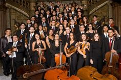 Orquestra Sinfônica Brasileira faz apresentação especial de final de ano na Estação Adeus do teleférico do Alemão