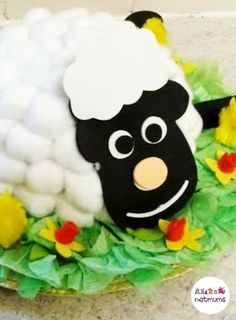 Cotton wool sheep, a great alternative Easter bonnet idea. Struggling for Easter bonnet ideas for boys? We've got 25 brilliant bonnet ideas for you to make, featuring everything from dinosaurs to Batman. Easter Bonnets For Boys, Easter Crafts For Kids, Baby Crafts, Preschool Crafts, Easter Ideas, Easter Stuff, Easter Hat Parade, Spring Lambs, Projects For Kids