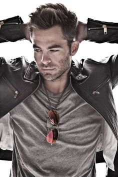Chris Pine. Oh dear..just..wow.