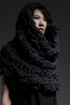 Cue Fashion- Chunky infinity scarf