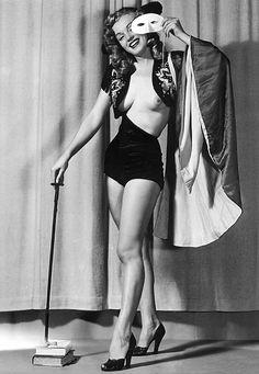 Norma Jean Dougherty / Marilyn Monroe (MM) http://dunway.com/