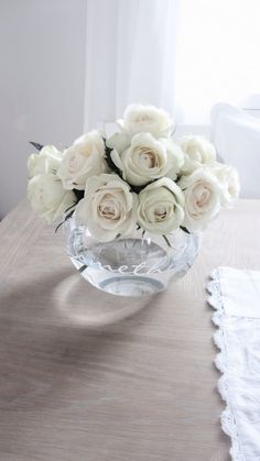 White roses in a beautiful vase * Riviera Maison *