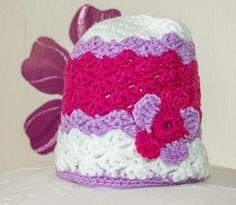 aa731b46078 Bonnet bébé fille taille naissance à 3 mois fait main en laine au crochet
