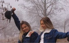 Lisa And lena🌸🌸 Bff Goals, Best Friend Goals, Best Friends, Lisa Or Lena, Best Sister, Photos Tumblr, How To Make Shorts, Celebs, Celebrities