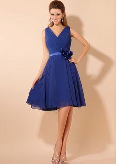 2013 Custom Made A-line Side Flower Detail V-nevk Royal Blue Chiffon Knee-length Bridesmaid Dresses DIB119061
