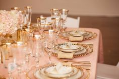 Blush Shantung Linen, Bella Glassware, Gold Beaded Chager, Galina China,Brushed Gold Flatware, Après Party and Tent Rental, Photography: Gray Duck Studios