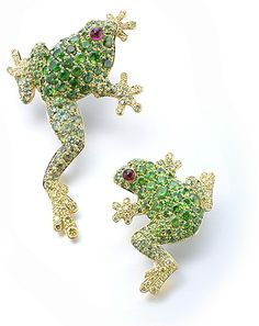 gimel     Brooch:18K Yellow gold, Demantoid Garnet, Yellow Diamond, Ruby
