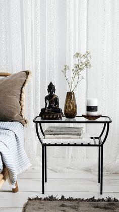 Unike 40 Best Sidebord images | Berlin, Centerpieces, Gray sofa LO-63
