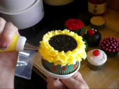 Video:  How to Make Sunflower Cupcakes (Decorating Tutorial)