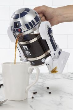 Intergalactic Coffee Press: Start your morning with help from none other than R2 -D2. This Star Wars-inspired coffee maker is able to freshly brew 4 cups of piping hot java in just a matter of minutes. Find more cheap, unique, homemade and DIY Christmas gifts ideas for mom, dad, grandparents, friends, kids and pets here.