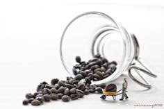 Miniature Photography: Coffee by Sairacaz (Abad Torres)